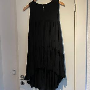 Black colour tunika