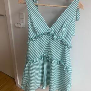 Bcbg kjole
