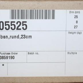 Brand: Nocturne Varetype: 8 stk. sengeben - NYE.. Størrelse: 23 cm Farve: Stål Oprindelig købspris: 1000 kr.  8 helt nye runde stålben 23 cm til Nocturne seng, kan sikkert også bruges til andre boxmadrasser.  Fejlkøb og nypris 1000,-kr for alle 8.  Kom med et fair bud, sender hurtigt ved køb :-)