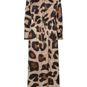 Karmamia kjole eller nederdel