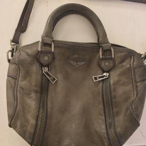 Fin taske fra Zadig og Voltaire - skriv for flere billeder :-) Er meget åben overfor bud !   Kan mødes mødes og handle i Kbh eller sende den, hvor køber betaler fragt😊