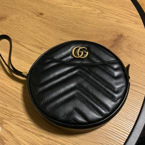 Gucci håndtaske sælges, aldrig brugt, så perfekt stand.