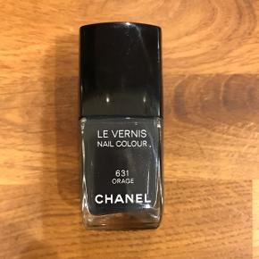 Chanel neglelak i farven Orage. Aldrig brugt