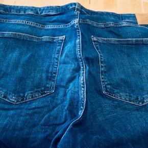 Jeans Str 52 H&M Girlfriend fit regular waist Aldrig brugt