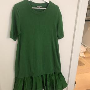 Fin Cos kjole, brugt 1 gang