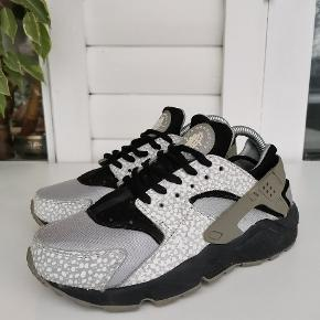 Fede sneakers i god stand fra nike Model: huarache