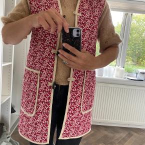 APOF vest