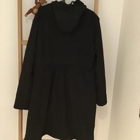 Super fin jakke fra Danefæ, der er softshell. Aldrig vasket.