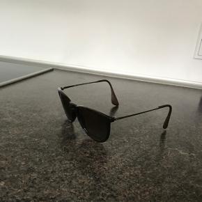 Brune Ray Ban solbriller model Erica. I pæn stand. Inkl etui og pudseklud  6700/Rørkjær - bytter ikke