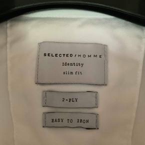Hvid skjorte, brugt én dag