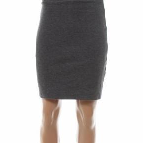 Monki uld pencil nederdel, aldrig brugt. Haves også i sort (også ubrugt)