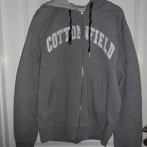 Cottonfield cardigan med lynlås - grå str. XL  Byd :-)
