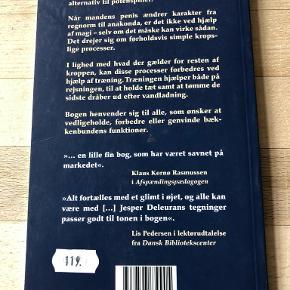 """Fra regnorm til anakonda af Søren Ekman Den mandlige bækkenbunds muskler og funktion Mange mænd døjer med rejsningsproblemer eller problemer ifbm. vandladning, og """"Fra regnorm til anakonda"""" kommer disse mænd til undsætning!  Ved hjælp af bogens øvelser forstærkes mandens bækkenbund og det kan være vejen til enden af problemerne. Søren Ekman står bag denne bog, der sætter fokus på mandens fysik og indeholder en lang række gode øveler, der både kan hjælpe på rejsning og vandladning. Hft, 2011, kan sendes m DAO for 37,50 kr oveni til nærmeste udleveringssted"""