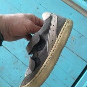 Angulus sko 28  -fast pris -køb 4 annoncer og den billigste er gratis - kan afhentes på Mimersgade 111 - sender gerne hvis du betaler Porto - mødes ikke andre steder - bytter ikke
