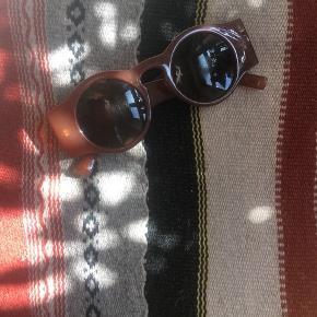Lækre solbriller fra Mango  Byd endelig