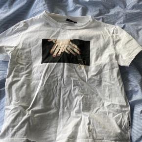 Fed dr. Denim t-shirt. Sælger da jeg ikke får den brugt.