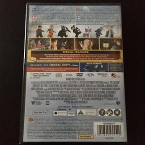 The Lego Movie dvd fra 7 år med dansk tale  Den allerførste LEGO biograffilm med Emmet (i folie)  Aldrig brugt 96 min.