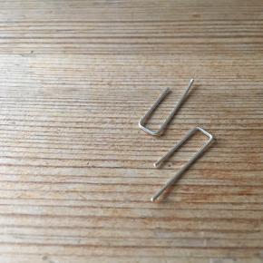 Crawlers✨  - enkle - - håndlavede - - onesize -  Materiale: 935 sølv Udtrykket tilpasses let (mulighed for at bære dem på to måder)  Mængderabat ved køb af flere✨  Kontakt mig endelig 👋🏻