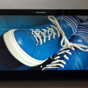 Lenovo TB2-X30F.Sælger denne velfungerende tablet med 16 GB plads med mulighed for at isætte memorycard, skærmen er lidt over 10 tommer og er perfekt til at se Viaplay, Netflix osv. Der kan tilkøbes en subwoofer med 2 højtalere for 200 kr, den kan ses og hentes i Kolding