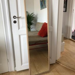 "Spejl ""Stave"" fra IKEA. Mål: 40x160 cm"