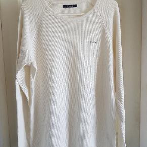 Super fine trøjer den hvide er xl Den grønne er xxl