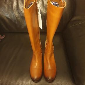 Tommy Hilfiger støvler str 36 fejl køb