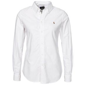 Sælger min elskede Ralph Lauren skjorte, da jeg ikke får gået med den Skjorten er gået med max 5 gange, så den fremstår som ny  Nypris: 999kr