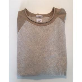 Gap trøje Farve: Sandfarvet/lysebrun Aldrig brugt! Nypris: 400,- Mp. 100,-