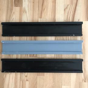 3 stk svævehylder med patina. 60 x 10 cm. Fri lev i Kbh.