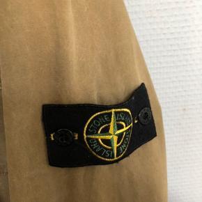 Stone Island jakke Mp 1600 Bin 1900 Str XL (fitter lidt mindre)