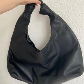 Gina Tricot taske