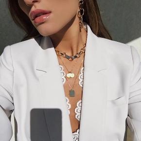 Populær halskæde hviskx Maria kragmann / np var 699