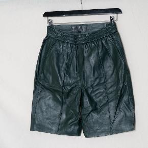 Meotine shorts