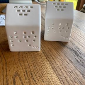 To stk lysestager til fyrfadslys - kom med bud.
