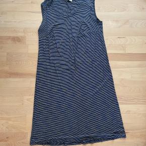 Kanok kjole