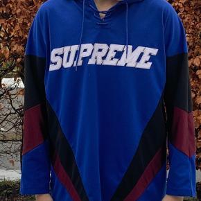 Supreme hættetrøje