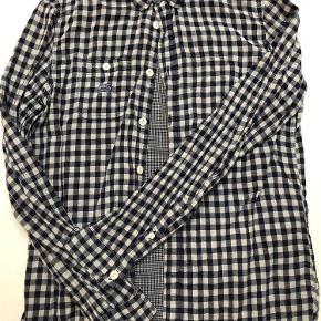 Varetype: skjorte Farve: Blå hvid tern Oprindelig købspris: 1200 kr.