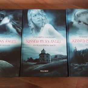 Sælger ud af mine skønne bogserier. Er på dansk og i pæn stand. Sælges kun i samlet serie.  Fantasy / ungdoms bøger.