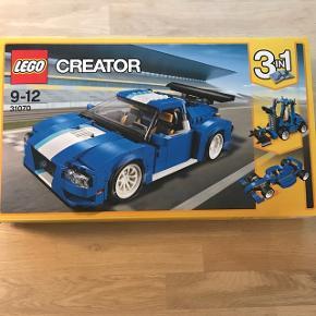 LEGO creator 3-i-1 har været samlet. Alt er skilt ad og alle dele medfølger samt samlevejledning. 6700/Rørkjær