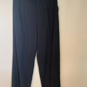 Brand: Selected Femme  Stylenavn: SLFTINNI MW WIDE PANT NOOS Materiale: 100% polyester