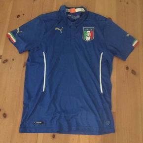 Blå fodbold trøje Italien købt i Italien