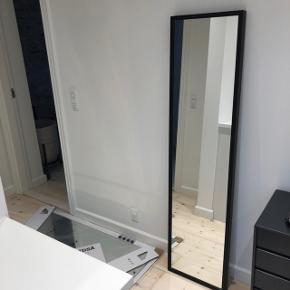 Super flot og vedligeholdt spejl. 160 cm x 40 cm
