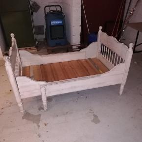 Fin udtrækning seng