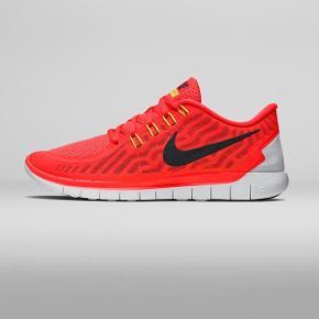 Super fede neon orange Nike Running 5.0, brugt en enkelt gang. Str 42,5 - se alle de andre sko jeg også har til salg fra Nike og Adidas ☺️👟