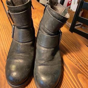 Næsten ubrugte Billi Bi støvler i råt look
