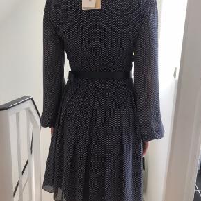 Smuk kjole. Passer en xs/s
