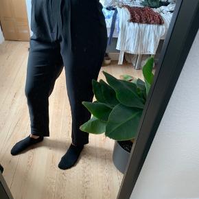Sælges fordi de er lidt for store - jeg er 161 cm. høj.