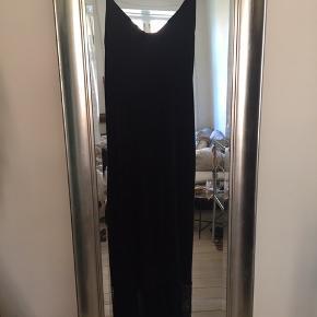 Skøn sort kjole fra eri + ali 🌸 Aldrig brugt!  Nypris 1200,-
