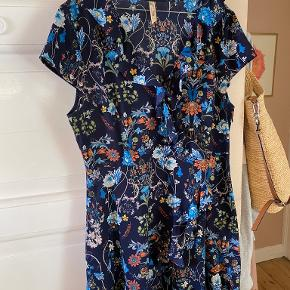 Stella Morgan kjole