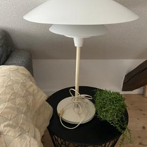 Fed retro lampe i dansk design